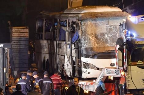 Hiện trường đánh bom thảm khốc vào xe chở du khách Việt ở Ai Cập