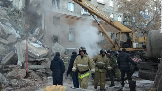 Nga: Sap chung cu do no khi gas, 3 nguoi thiet mang, 79 nguoi mat tich
