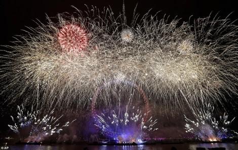 Dân Anh đón năm mới 2019 trong tiếng chuông đồng hồ Big Ben