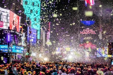 New York đón 2019 trong bữa tiệc ánh sáng ngoạn mục