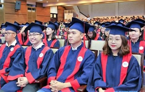 Trường đại học Kinh tế TP.HCM tặng 35 tỷ đồng học bổng cho sinh viên