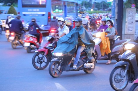 Sài Gòn lạnh 22 độ C trong ngày đi làm đầu tiên của năm mới