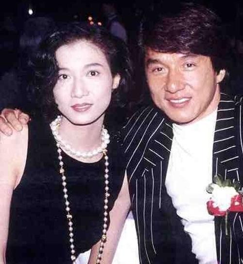 Con gai Thanh Long: Vet truot dai tu tuoi tho khong cha