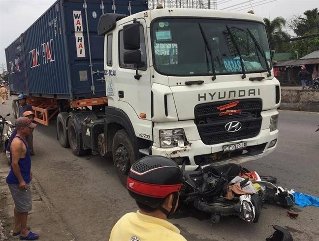 He thong phanh cua xe container khien hon 20 nguoi thuong vong van dam bao tieu chuan