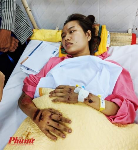 Nhớ về mẹ, cô gái trẻ cố gắng sống sót sau khi bị xe container tông chấn thương sọ não