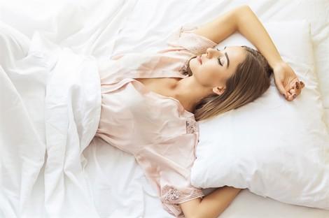 Bí quyết giúp bạn đẹp hơn chỉ sau một giấc ngủ