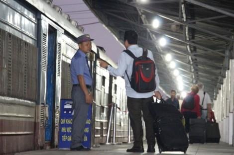 Bảo vệ ga Sài Gòn 'ôm' tiền lẫn nhiều xe máy của khách bỏ trốn