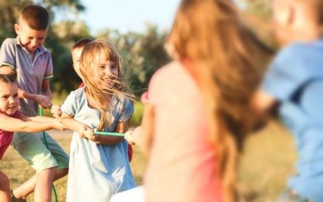 Cha mẹ Mỹ dạy con tự lập ra sao?
