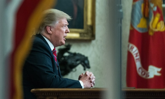 Tong thong Trump lo 'khung hoang tam hon' trong long nuoc My