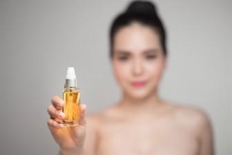 Xu hướng chăm sóc da mặt năm 2019: Dầu dưỡng da lên ngôi
