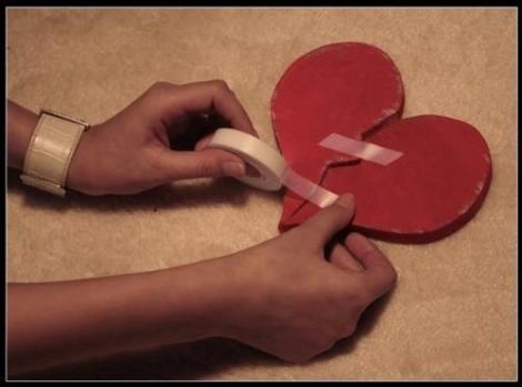 Tại sao đau khổ dẫn đến 'trái tim tan vỡ'?