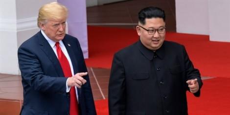 Báo Nhật: Ông Trump đề nghị gặp ông Kim Jong Un tại Việt Nam