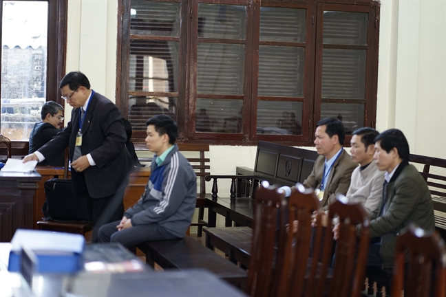 Vu tai bien chay than lam 9 nguoi chet: bi cao Hoang Dinh Khieu khong co nghiep vu loc mau, chay than