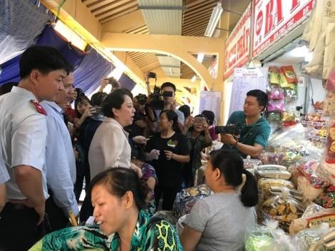 TP.HCM: Thắt chặt an toàn thực phẩm cận tết 2019