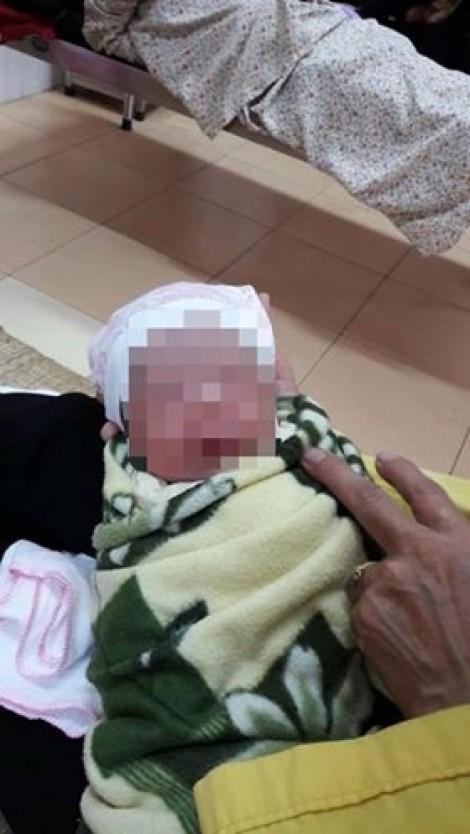 Tử vong sau khi tiêm vắc xin ComBE Five tại Hà Nội: Chuyên gia nghi do sốc phản vệ