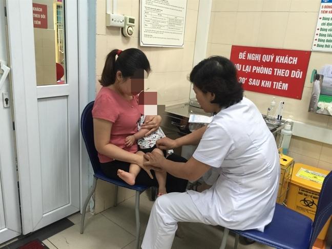 Pho Thu tuong Vu Duc Dam: Khong de dan mat niem tin vao vac xin Combe Five