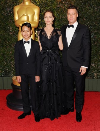 Angelina Jolie 'sốc' khi con trai cả tuyên bố ra ở riêng