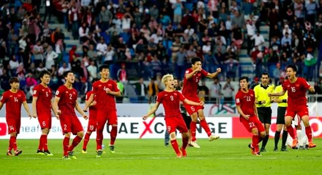 Viet Nam thang nghet tho Jordan tren cham 11m, vao tu ket Asian Cup 2019