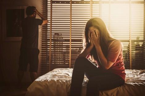 Khi chồng vợ cạn lời