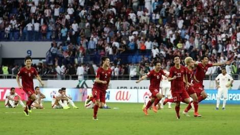 Bóng đá Đông Nam Á học được gì từ sự trỗi dậy của Việt Nam?