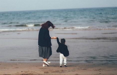 Dù đau nhưng cũng không thể bỏ con để đi lấy chồng