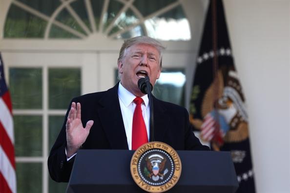 Tong thong Trump tuyen bo cham dut dong cua chinh phu