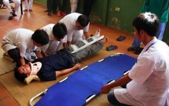 Bác sĩ cảnh báo tai nạn, bệnh tật trong kỳ nghỉ tết