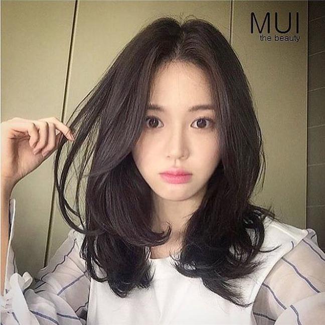 6 kieu toc khong bao gio loi mot cho nang don tet
