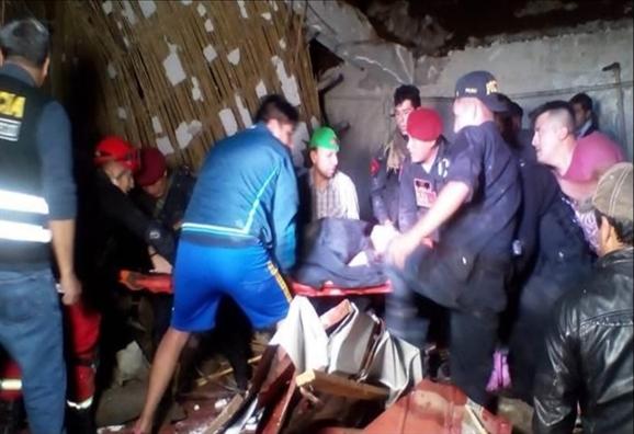 Lo dat o Peru, 15 nguoi trong mot dam cuoi thiet mang