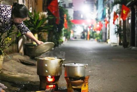 Tết Sài Gòn có màu gì?