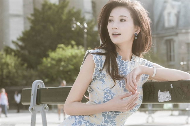 Lam Chi Linh: 'Toi doc than va hanh phuc'