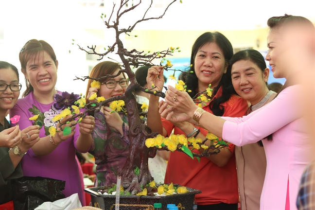 Quan Binh Tan: Am ap tinh xuan
