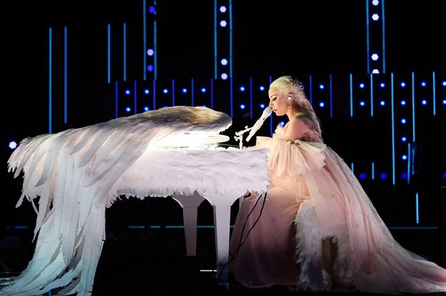 Grammy truoc them trao giai: Xich mich, nhieu nghe si tuyen bo vang mat