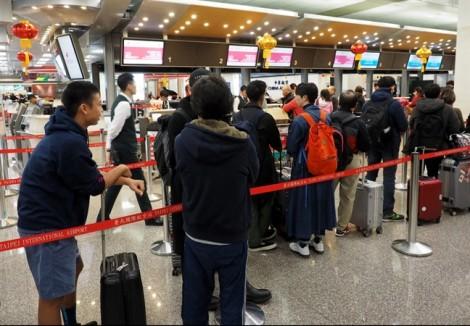 Phi công đình công ngày tết, hàng loạt hành khách kẹt tại sân bay Đài Loan