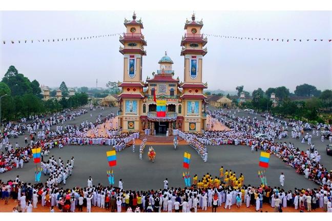 Ve Tay Ninh du le hoi mung 9 thang Gieng
