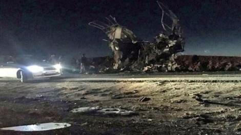 Xe chở bom đâm vào Vệ binh Cách mạng Iran, hàng chục người thương vong