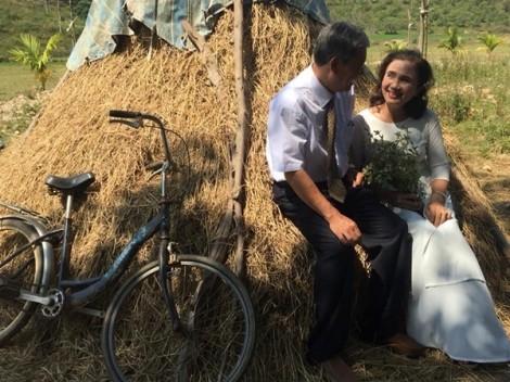 Bốn mươi năm hôn nhân của ba mẹ là bài học vun đắp hạnh phúc cho chúng tôi