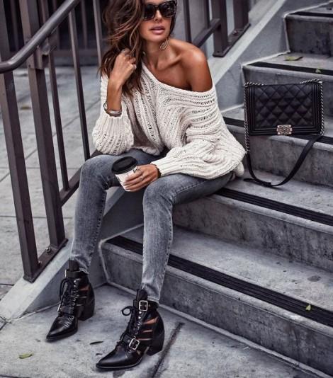 Biến hóa với trang phục cơ bản: Chiếc áo len dài tay gợi cảm