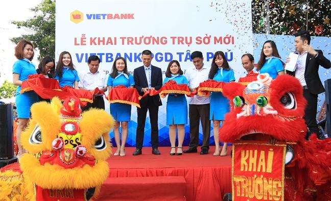 Vietbank Tan Phu khai truong tru so moi
