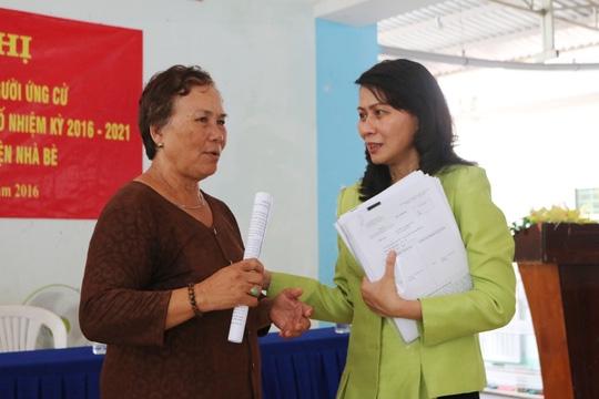 Vinh biet Pho chu tich UBND TP.HCM Nguyen Thi Thu - Nguoi khong co doc