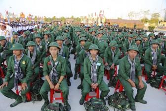 Nước mắt xen lẫn nụ cười ngày giao quân ở TP.HCM