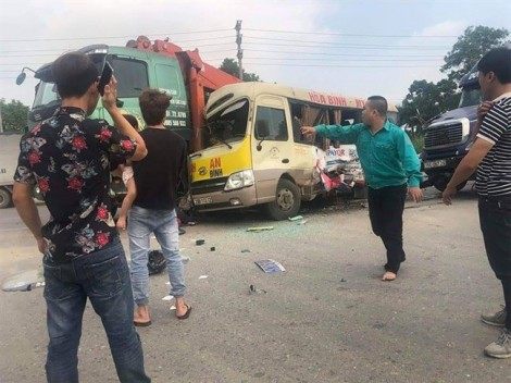 Hà Nội: Tai nạn liên hoàn khiến 5 người thương vong
