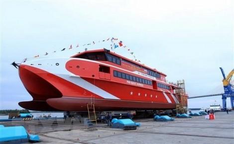 Lỗi phần mềm, tàu chở 500 khách đi Côn Đảo gặp sự cố trên biển