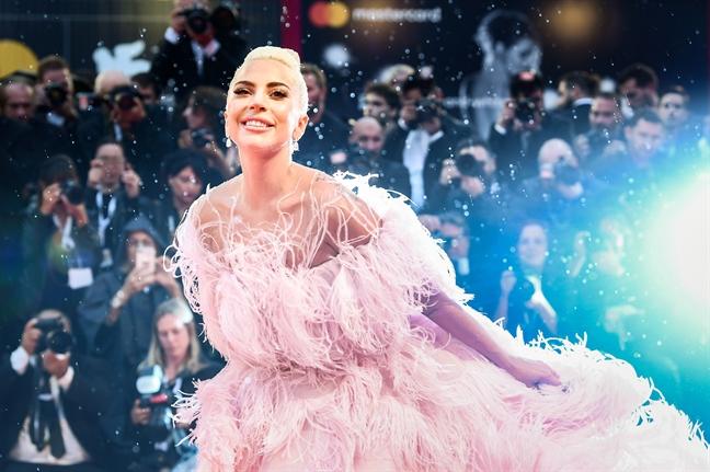 Lady Gaga: Su nghiep thang hoa, tinh duyen lan dan