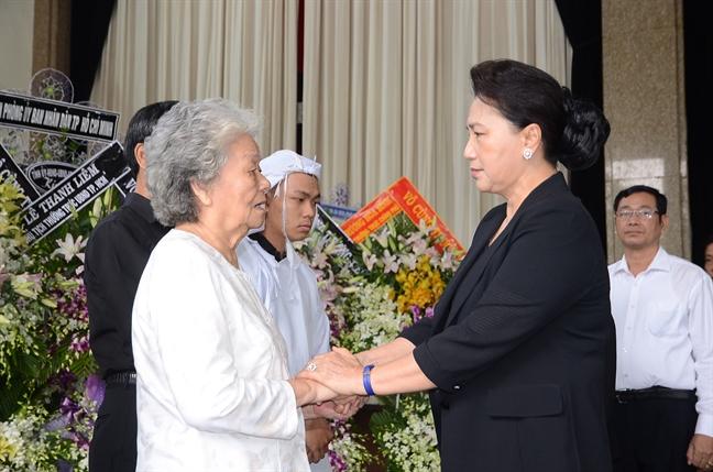 Chu tich Quoc hoi Nguyen Thi Kim Ngan vieng Pho chu tich UBND TP.HCM Nguyen Thi Thu