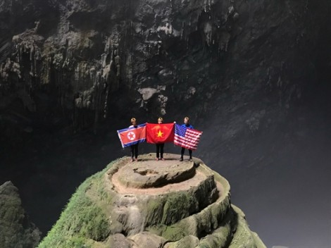Kinh doanh tận dụng hội nghị thượng đỉnh Mỹ - Triều