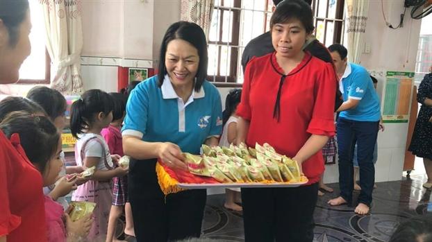 Khoi dong 'Nam an toan cho phu nu va tre em'