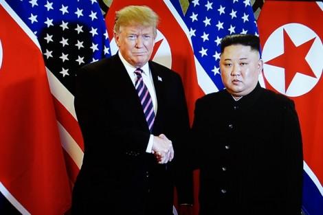 Thế giới 'nín thở' dõi theo cuộc gặp của hai vị lãnh đạo Mỹ - Triều Tiên