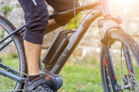 Xe đạp điện có thể cải thiện chức năng não ở người lớn tuổi