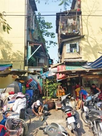 Sài Gòn nóng hầm hập, bà hỏa rình rập khắp nơi